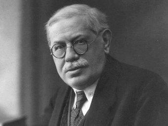 Karel Hostaš