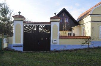Venkovské usedlosti v Čermné (čp. 10, 34)