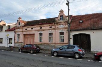 Městské domy (čp. 31, 39, 40, 146) v Kolovči