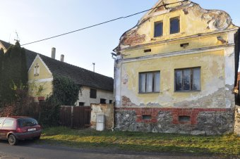 Venkovské usedlosti v Zahořanech (čp. 17, 30)