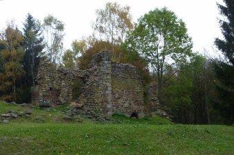 Zřícenina kostela sv. Bartoloměje u Běšin