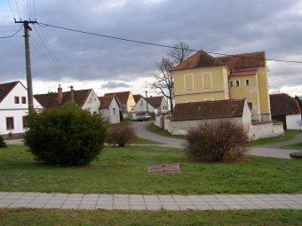 Historické jádro vsi Břežany