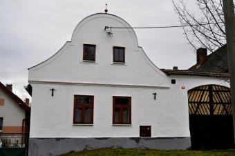 Venkovské usedlosti v Chudenicích (čp. 15, 18, 28, 54, 58)