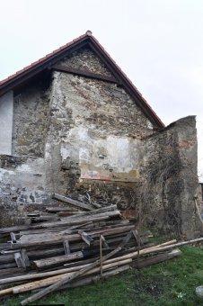 Zřícenina hradu Komošín