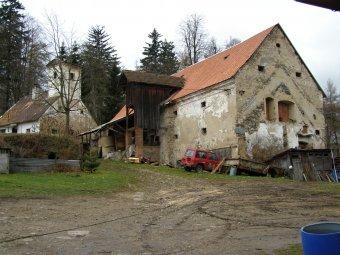 Zámek Hlavňovice (čp. 1)