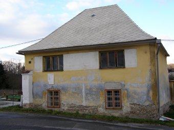 Venkovské usedlosti v Hrádku (čp. 22, 25, 68)