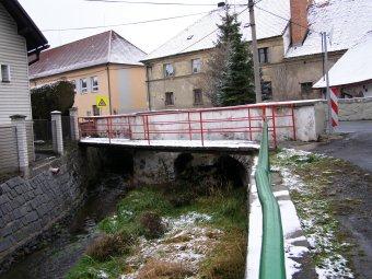 Silniční most v Kolinci
