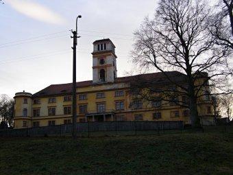 Zámek Nalžovské Hory (čp. 1)