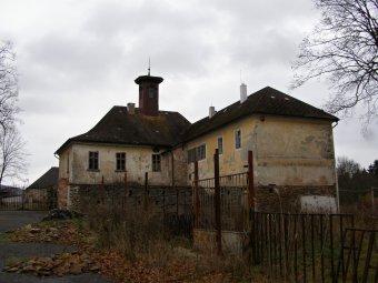 Zámek Nemilkov (čp. 1)