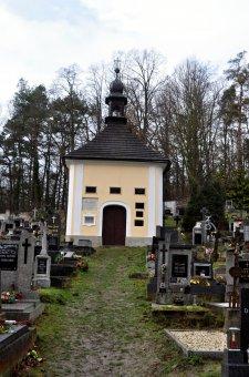 Hřbitovní kaple sv. Salvátora v Poleni
