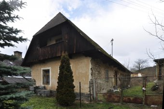 Venkovské usedlosti v Poleni (čp. 4, 12, 35)