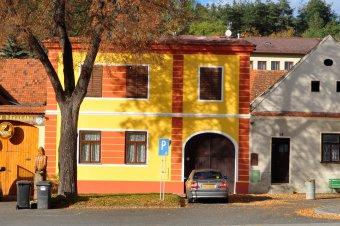 Městské domy a venkovské usedlosti v Rabí (čp. 13, 48, 50, 59, 60, 67, 73, 85, 86)