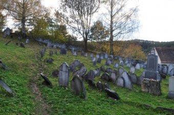 Židovský hřbitov v Rabí