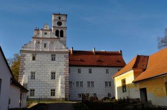 Zámek Žichovice (čp. 1)