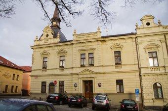 Radnice v Blovicích (čp. 143)