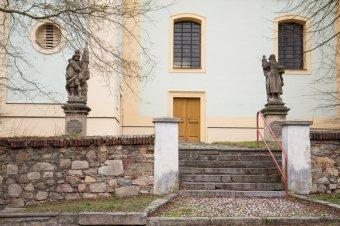 Kostel sv. Mikuláše v Merklíně