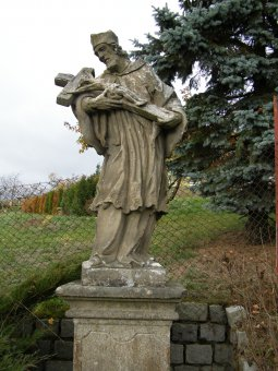 Sochy sv. Jana Nepomuckého, Panny Marie Immaculaty a biskupa ve Vrčeni