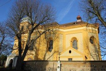 Kostel sv. Martina ve Chválenicích