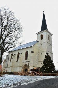 Kostel sv. Petra a Pavla v Liticích
