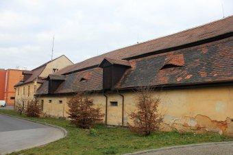 Rostův dvůr v Plzni-Jižním předměstí (čp. 55)