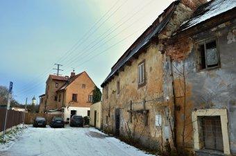 Městské domy v Plzni-Severním předměstí (čp. 54, 55, 56, 57, 59, 67, 84, 107, 146)