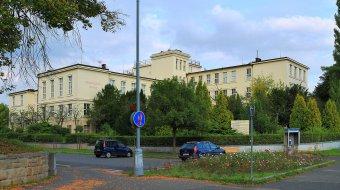 Procházkův ústav v Plzni-Severním předměstí (čp. 585)