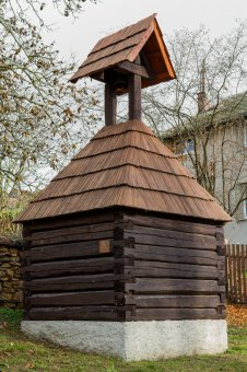 Zvonice v Hadačce