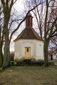 Kaplička sv. Petra v Horní Bříze