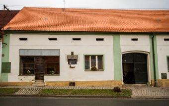 Rodný dům Edvarda Beneše v Kožlanech