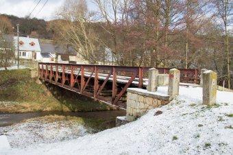 Silniční most v Manětíně