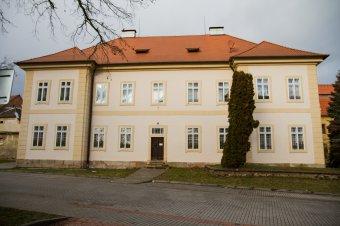 Fara v Městě Touškově (čp. 107)
