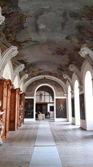 Cisterciácký klášter s kostelem Nanebevzetí Panny Marie v Plasích (čp. 2)