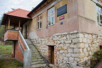 Rodný dům Václava Brožíka v Třemošné (čp. 57)