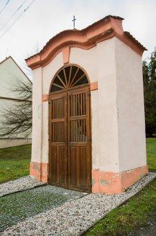 Kaplička ve Vejprnicích
