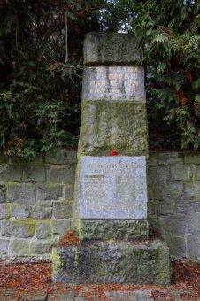 Pomník popraveným v 2. sv. válce ve Vejprnicích
