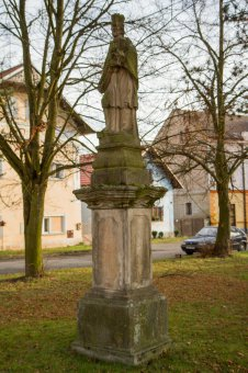 Sochy sv. Jana Nepomuckého, sv. Jiljí a sv. Rocha v Žihli
