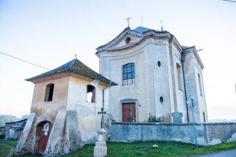 Kostel Nejsvětější Trojice v Hlohovicích