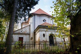 Kostel Všech svatých v Hřešihlavech