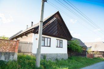 Venkovské usedlosti ve Lhotě pod Radčem (čp. 2, 3, 30, 31, 32, 51, 70, 33)