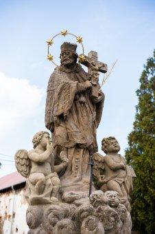 Sochy sv. Jana Nepomuckého a Ecce Homo v Liblíně
