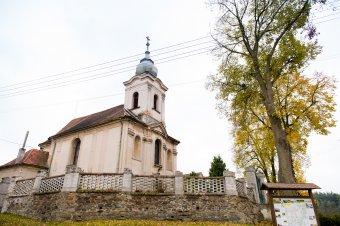 Kostel sv. Kříže v Újezdu u Svatého Kříže