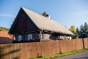 Venkovské usedlosti ve Vejvanově (čp. 14, 15, 18, 35)