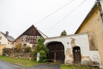 Venkovské usedlosti v Chodském Újezdu (eč. 3, 4, čp. 12,  14, 38, 61)