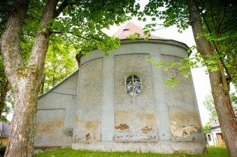 Kostel sv. Jana a Pavla v Halži