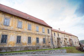 Benediktinský klášter s kostelem Nanebevzetí Panny Marie v Kladrubech