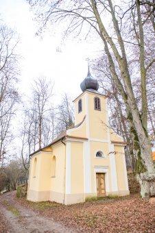 Kaple sv. Jana Nepomuckého v Kořenu