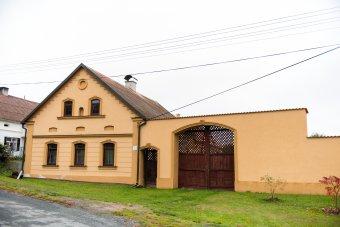 Venkovské usedlosti v Kosově (eč. 7, čp. 14)