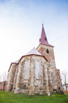 Kostel sv. Jana Křtitele v Kostelci