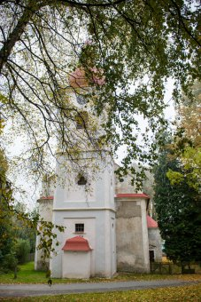 Kostel sv. Mikuláše v Lesné