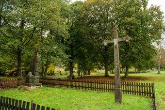 Boží muka a smírčí kříže ve Štokově